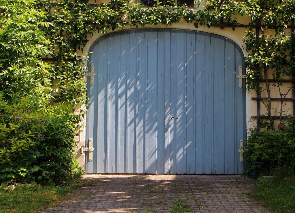 porte garage bleu
